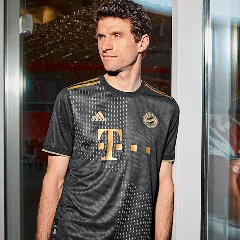 Bayern Munich 2022 maillot exterieur Muller