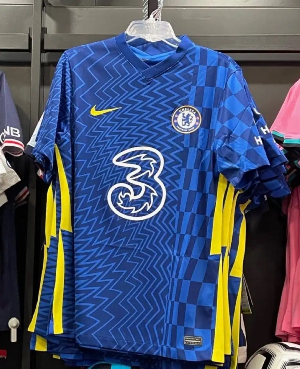 Chelsea 2022 fuite nouveau maillot domicile