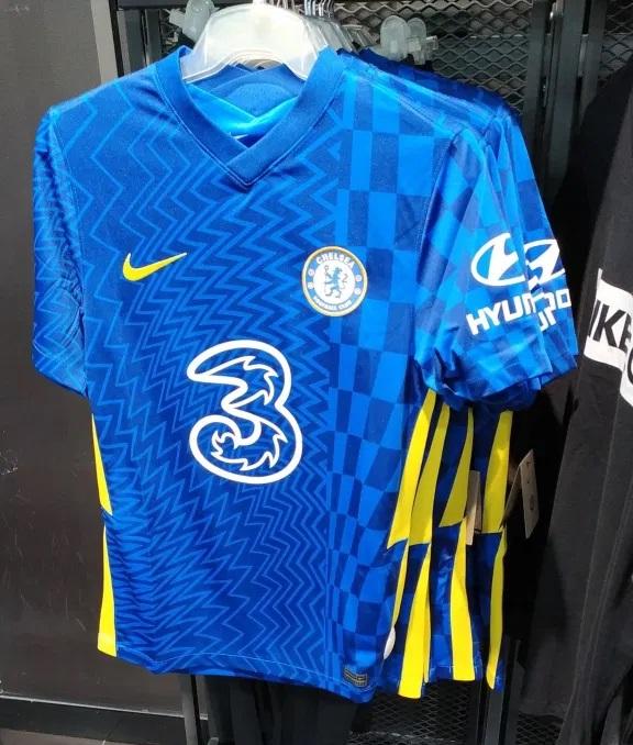 Chelsea 2022 nouveau maillot domicile photo