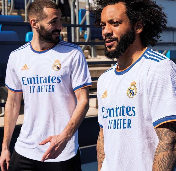 Real Madrid 2022 maillot de foot domicile 21-22