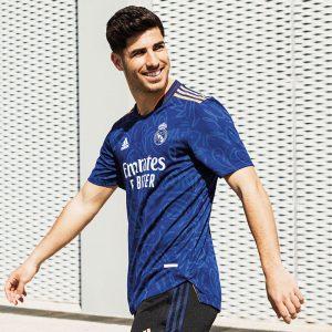 Real Madrid 2022 maillot de foot exterieur 21 22