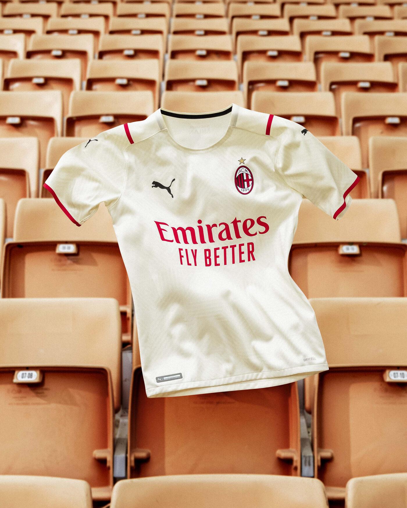 AC Milan 2022 maillot de foot exterieur Puma