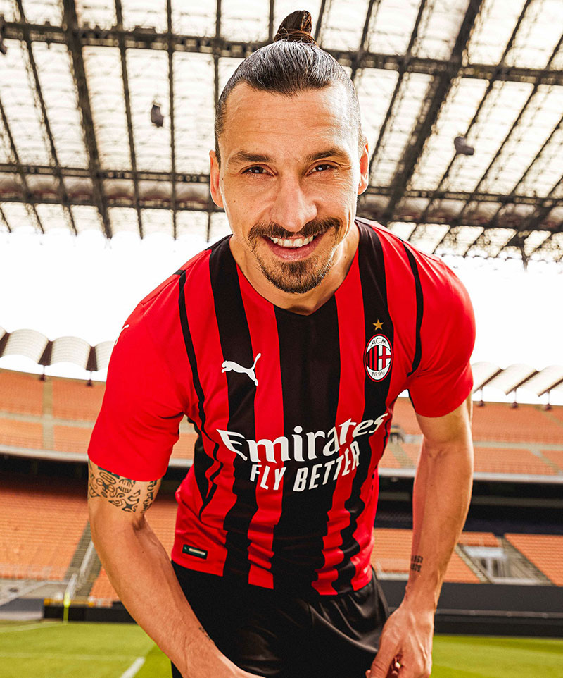AC Milan 2022 maillot domicile officiel Zlatan Ibrahimovich