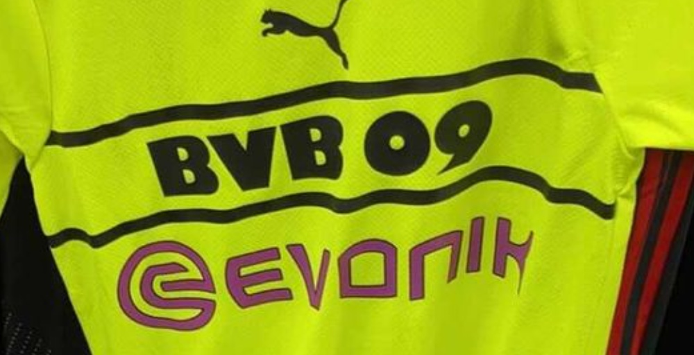 BVB Dortmund 2022 troisieme maillot foot Puma