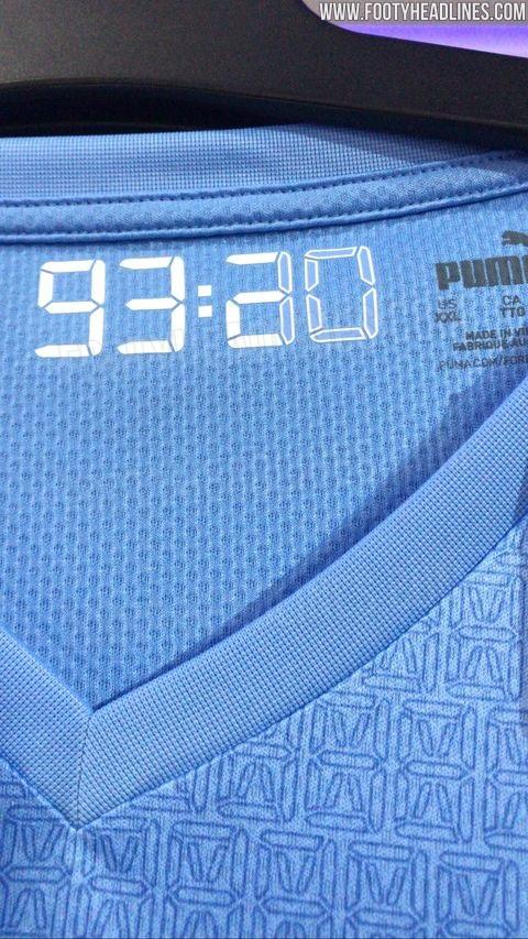 Manchester City 2022 maillot domicile fuite details col