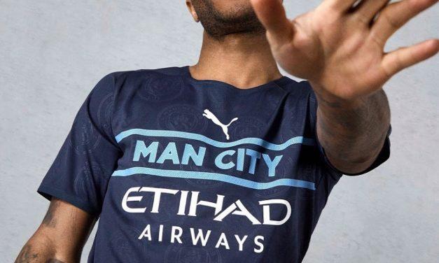 Puma et les nouveaux maillots de foot Manchester City 2022