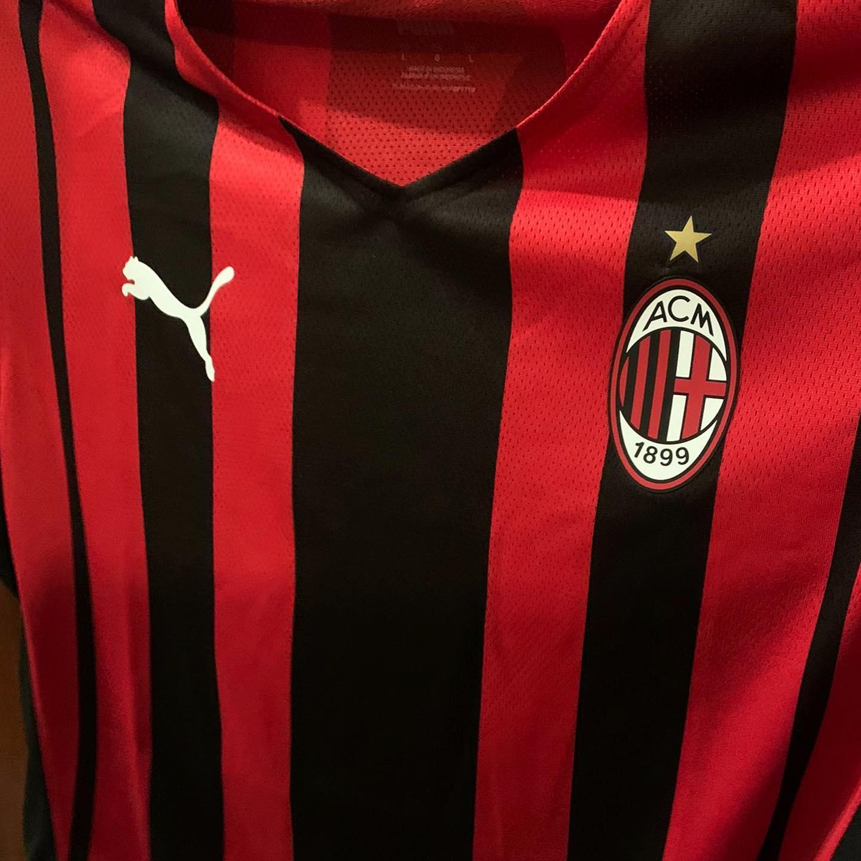 Milan AC 2022 maillot domicile Puma