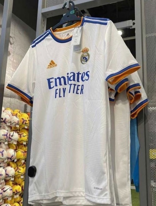 Real Madrid 2022 maillot domicile football