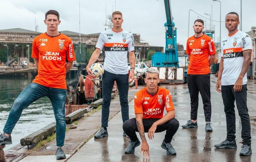 Lorient 2022 nouveaux maillot de football