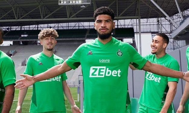 ASSE 2022 nouveaux maillots de foot Saint-Etienne 21-22