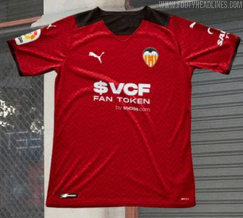 Valencia 2022 maillot exterieur foot